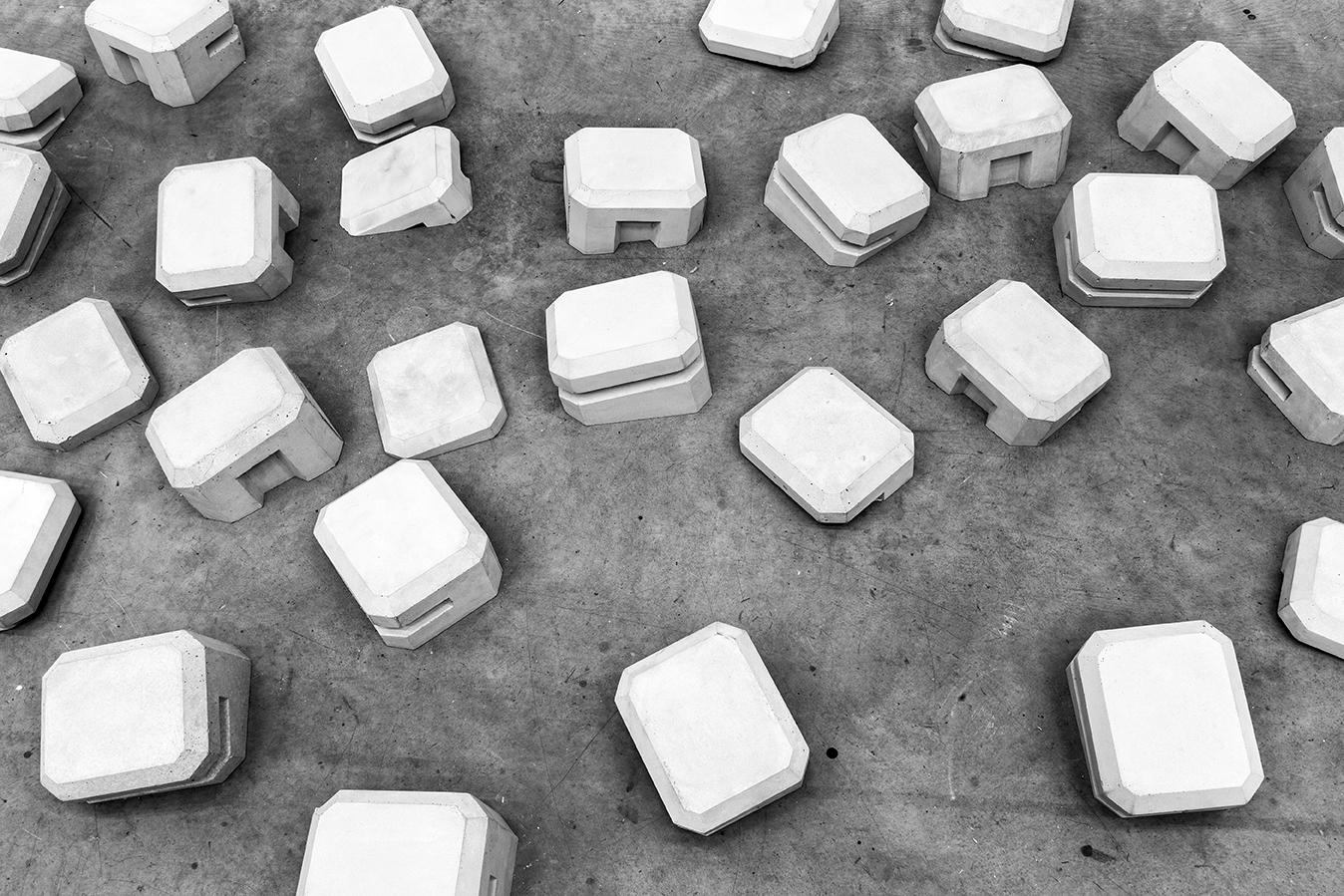 Regelbau Collapse, béton, dimensions variables, 2017