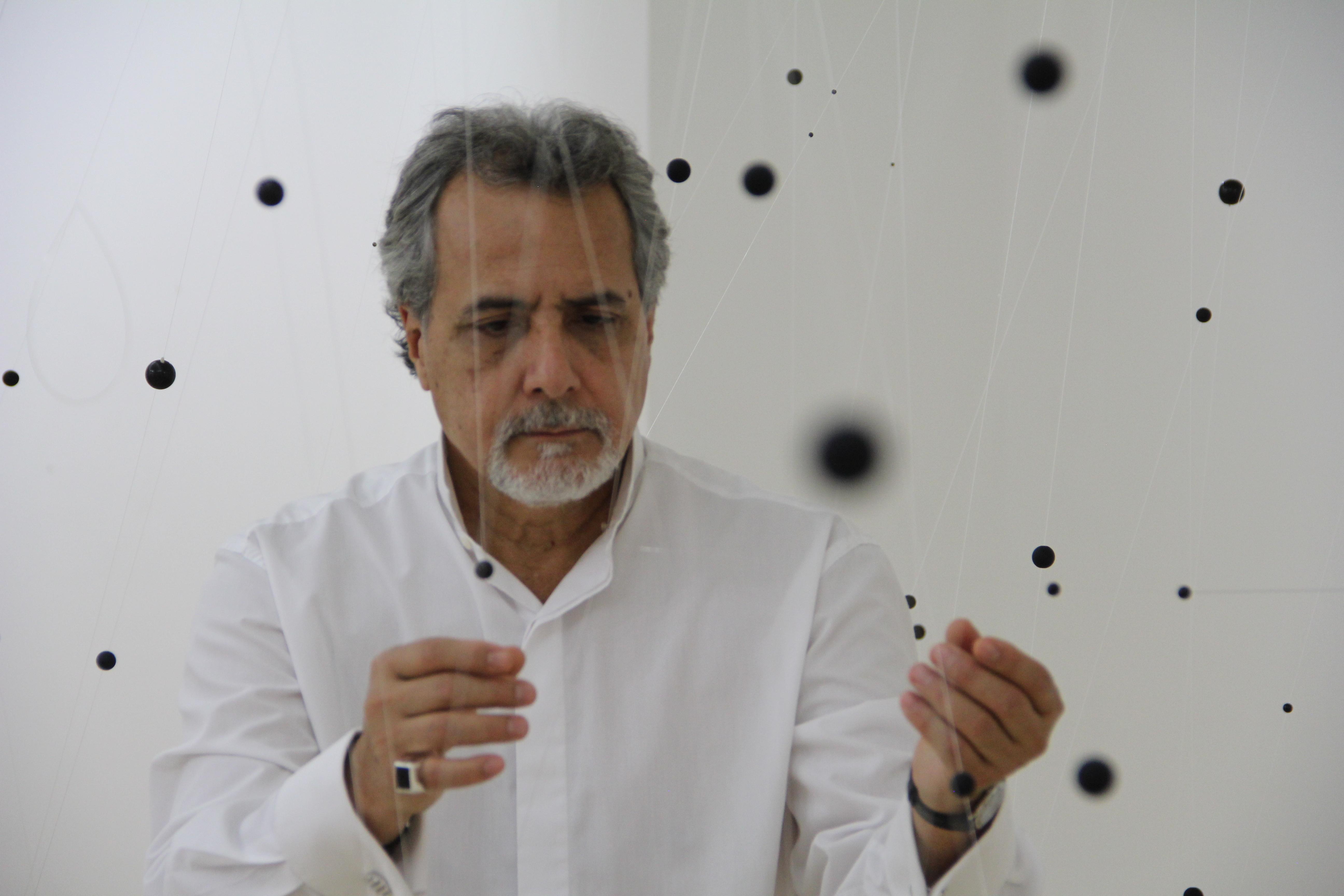 Retrato_Medina&Neutrinos_FotoRafaelGuillén